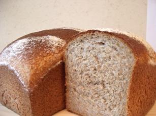 安部ちゃんユメシホウの全粒粉100%パン