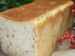3斤で買う人多いパンです。